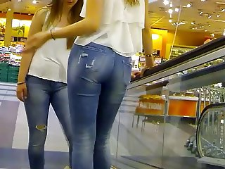 Candid - Nice Ass In Jeans