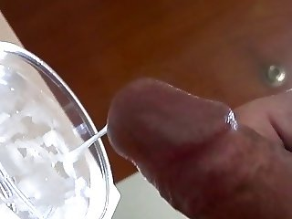 I cum on a glass of water
