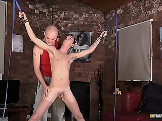 Kieron Knight sucks the hot cum load from the balls to