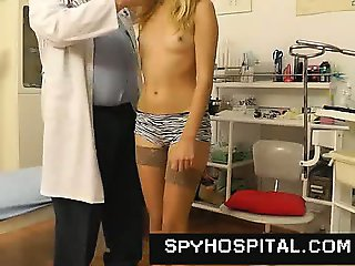 Gyno doctor does hidden camera