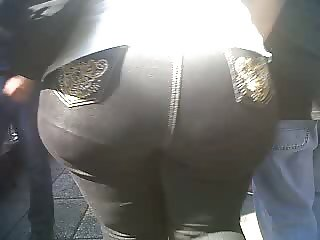 mmonster booty wide hips mature
