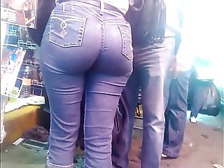 Candid Latina Bubble Booty