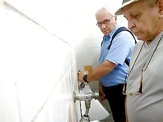 daddy looking for action in a public toilet