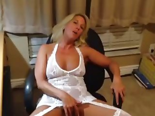 Wife cums on another cock