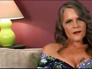 Cougar looking for younger dick