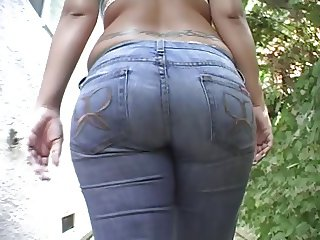 anell big booty