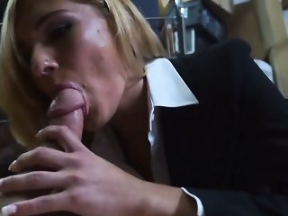 Sexy hot chick spreads her juicy pussy