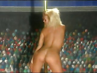 Hot Body - Beverly Hills Naked Cheerleader Contest Part 1