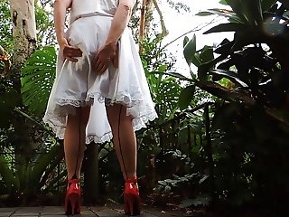 Sissy Ray in White Skirt Showing off