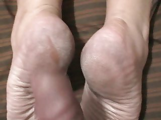 fucking her beautiful dry soles