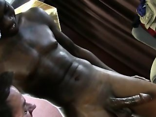 Gaysex ebony tugged and sucked
