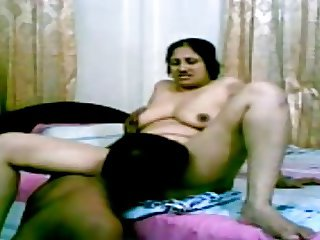 Busty Indian Desi SelfMade Sex Scandal