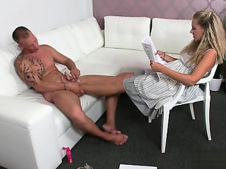 Sexy girlfriend deepest throat