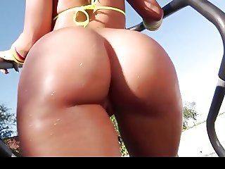Big white round booty with a BIg Black Cock