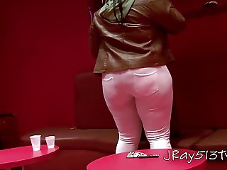 Big Booty White Jeans N The Club