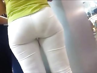 SOFT BOOTY IN WHITE PANTS