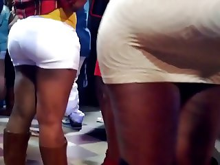 Big bubble Booty in Tight Skirt