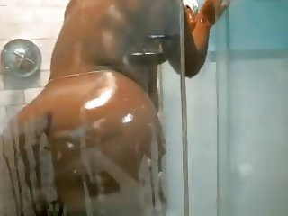 BBW sexy black ass lady with monster tits showers