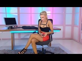 stunning mikayla bayliss playboy tv chat daytime show