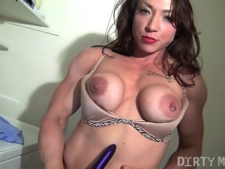 Brandi Mae 09 - Female Bodybuilder