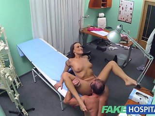 FakeHospital Doctor decides sex is the best