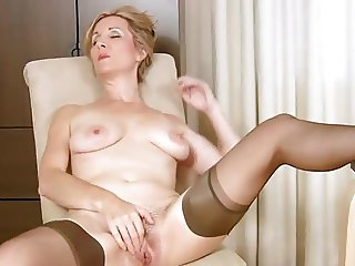 video 710 Pussy wife