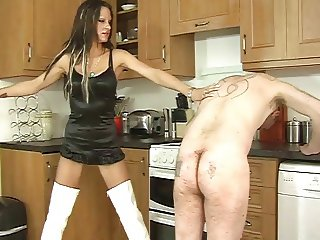 Whipping by mistress Tia