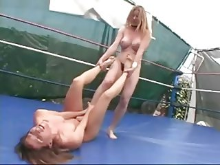 Topless Ring Wrestling (2)