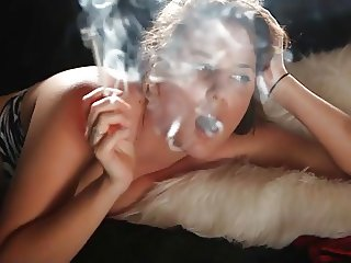 Hot Cougar Teasing and Smoking 120s Solo