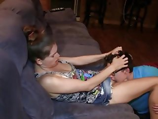 Girl rides boyfriend after he ate her pussy