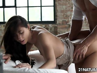 Aruna's sensual anal trip is an art