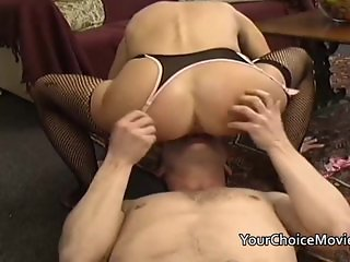Amateur couples oral and sexual pleasure