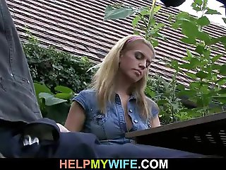 Stud takes money for nailing sexy babe
