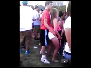 Hidden cam - Teenage girl with very horny in concert