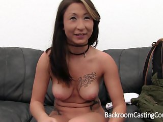 Anal Loving Vietnamese-German Military Girl o