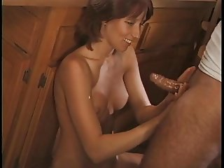 Tanned brun slut provocatively shags big brown boner on kitchen table