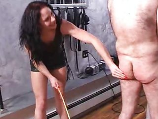Slave-suffers-for-dark-mistress