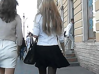 UNDER THE SKIRT UPSKIRTS 149