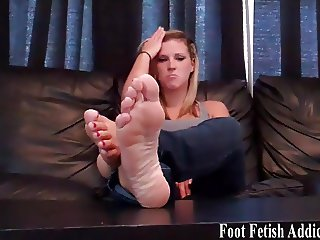 Suck on my perfectly pedicured toes