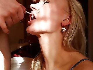 Facial cumshot in HD