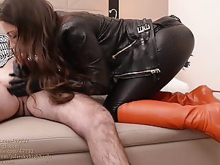 julie skyhigh fucked in leather legging&boots:cum on leather