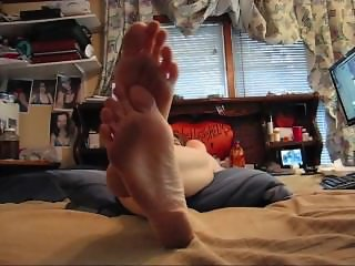 Mistress Stormy's Wrinkled Size 13 Soles 2