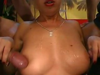 MANUELA needs her Pussy fucked