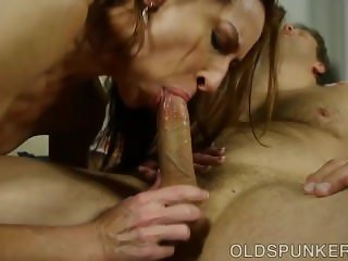 Super sexy slim old spunker is such a hot fuck and loves to eat cum