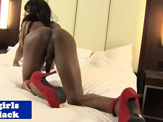 Black tranny Amour wanks her big cock