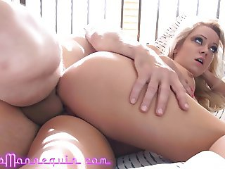Putting Big Mature Cock In Tight Young Pussy Creampie Finish
