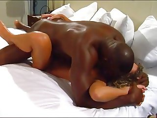 wife creampied by huge black cock