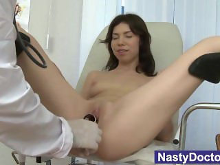 Teenager pussy checked out