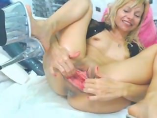 sexy blondie with very huge dildo - lickmycams.com