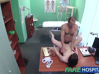 FakeHospital Patient has a pussy check up